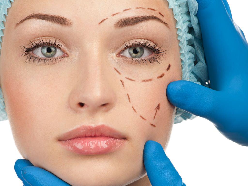 12Tratamente cicatrici, vergeturi, riduri fine